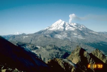 redoubt-volcano-alaska